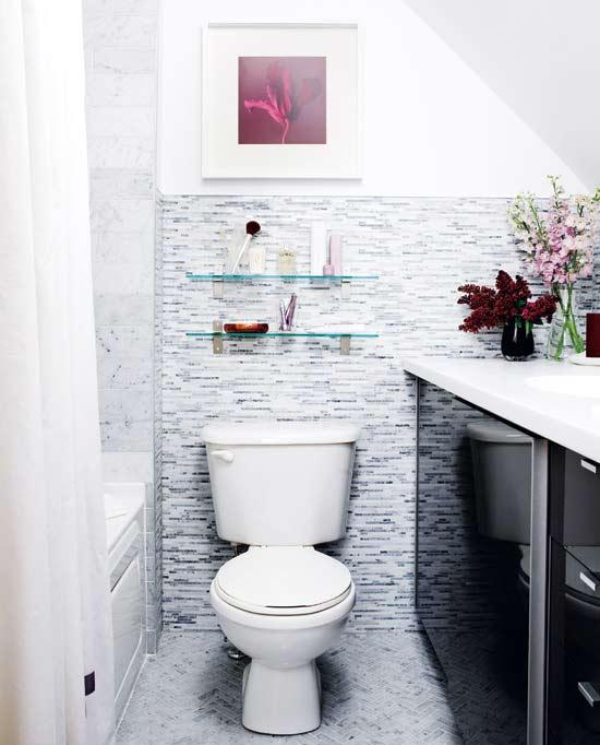 ตกแต่งห้องน้ำเล็ก ๆ สไตล์โมเดิร์นสีขาว – เทา